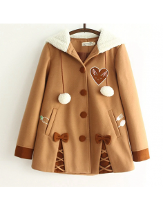 Manteau long à motifs brodés